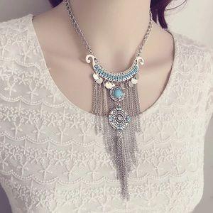 Jewelry - Atreo splendours vintage